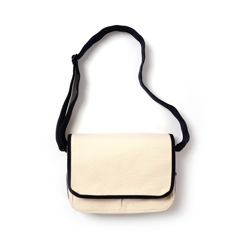 [MAZI UNTITLED] Small Runner's bag (Ecru/Navy)