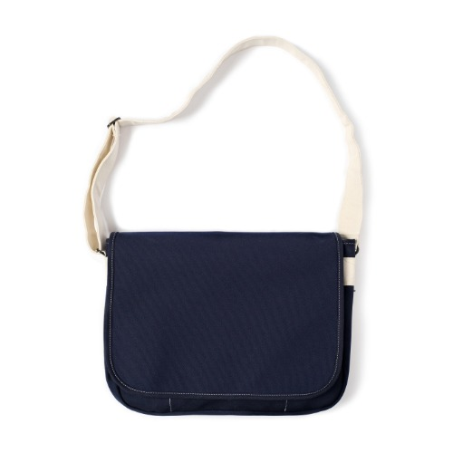 [MAZI UNTITLED] Runner's bag (Navy Ecru)