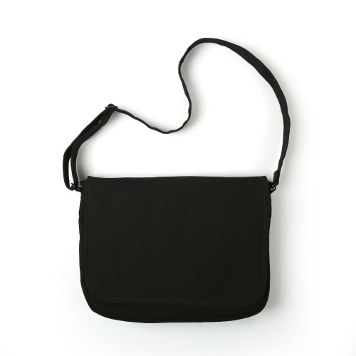 [MAZI UNTITLED] Runner's bag (Black)