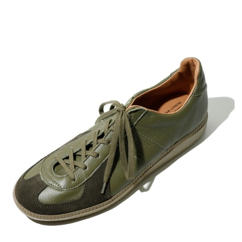 [REPRODUCTION OF FOUND] German Military Trainer (Khaki)